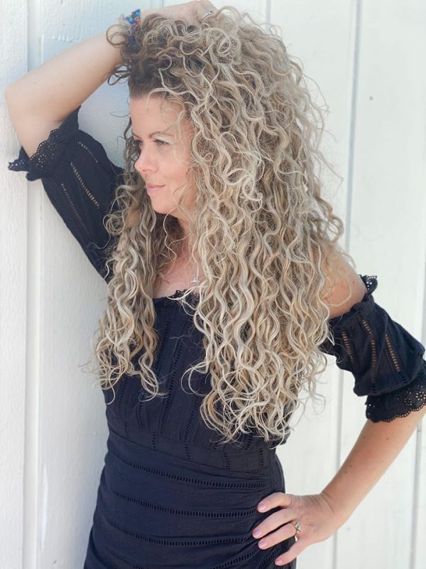 adored-signature-hair-extensions-Summer Curls01