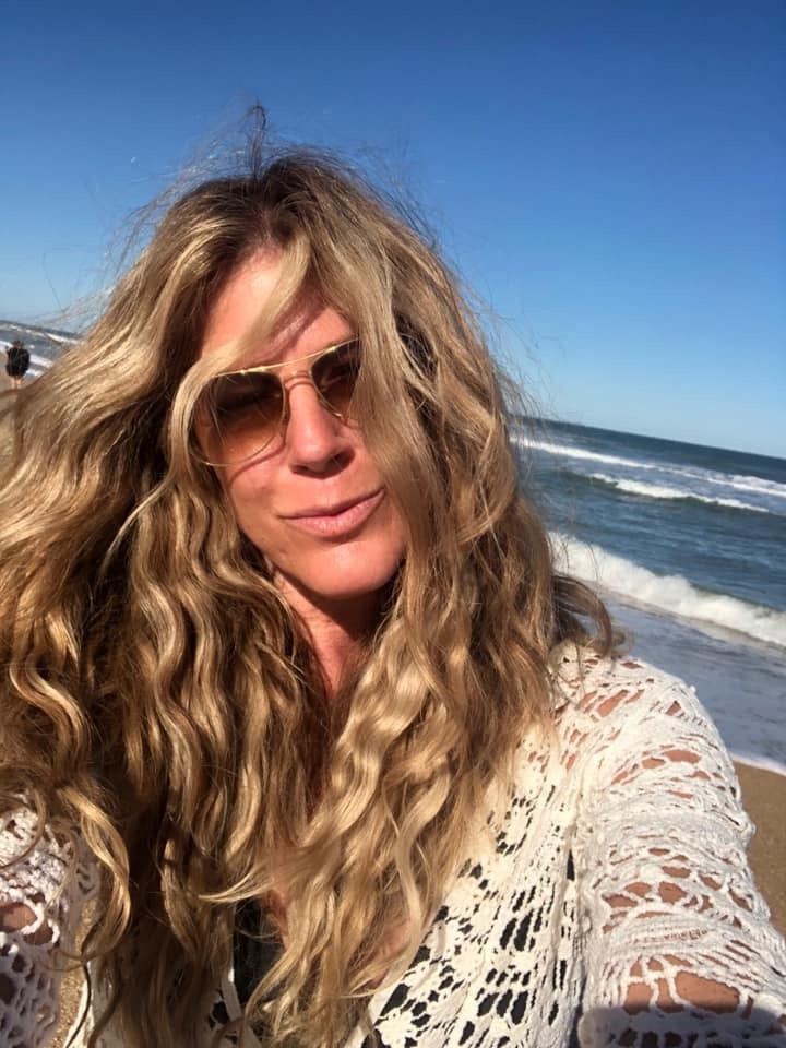 beach-waves-hair-extensions