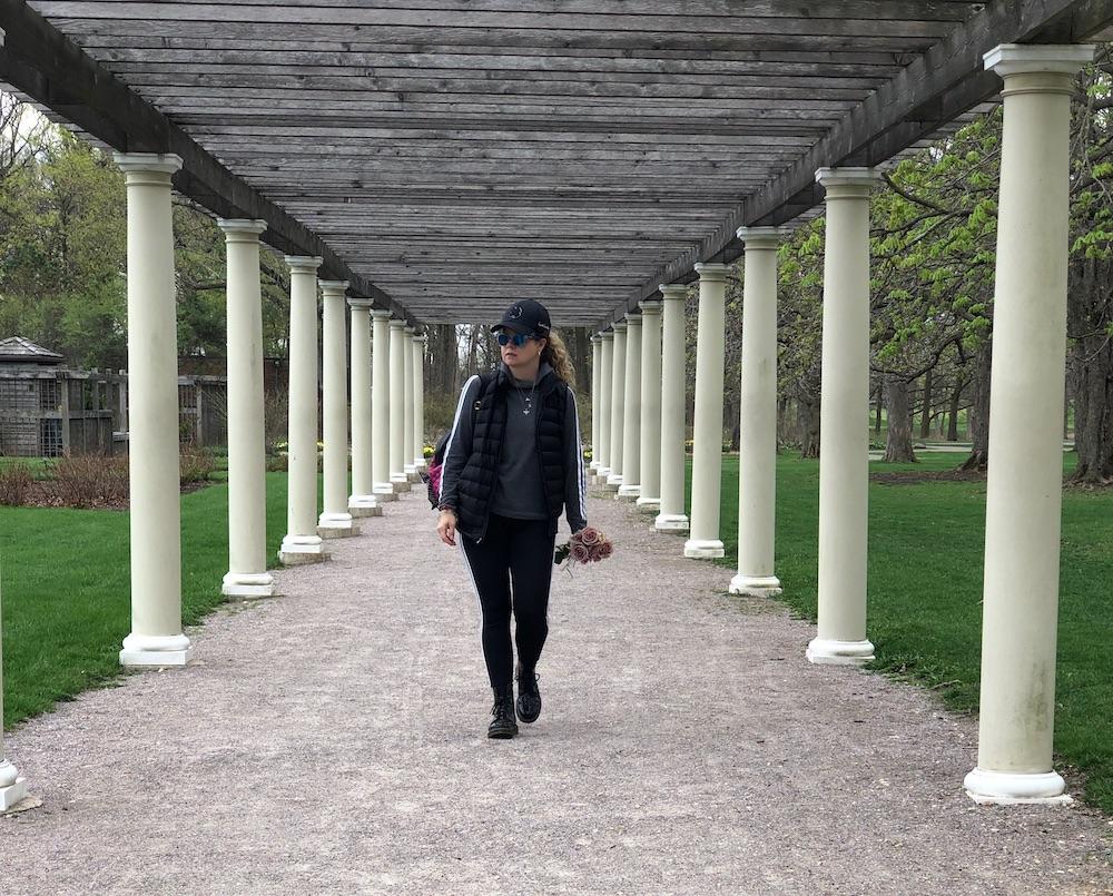 Jen Janisch walking