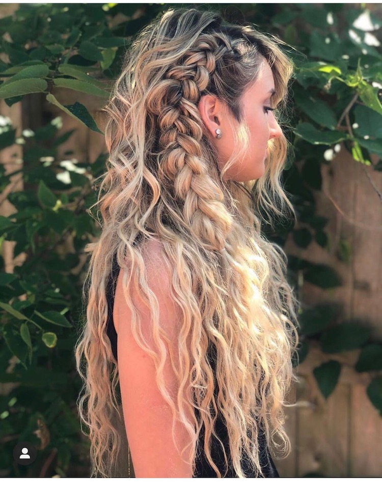 natural-beach-wave-hair-extensions-adored-signature